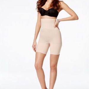 SPANX HIGHER POWER NUDE SHORTS SIZE XL